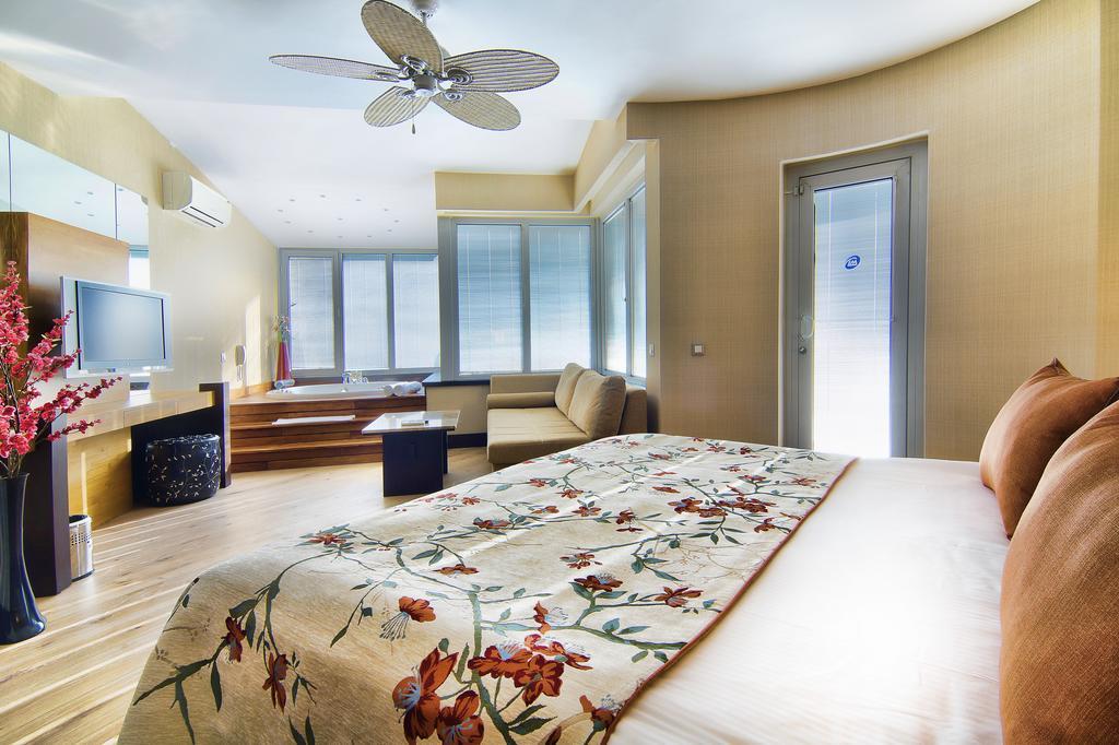 Фото готелю Limak Lara De Luxe Hotel & Resort