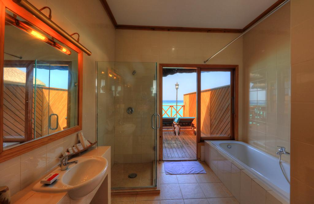 Fihalhohi Island Resort, Южный Мале Атолл, фотографии туров