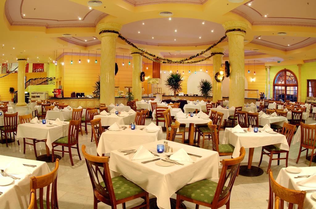 Відпочинок в готелі Hilton Hurghada Long Beach Resort Хургада Єгипет