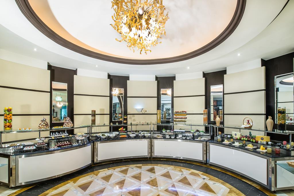 Дубай (город) Holiday Inn Bur Dubai Embassy District цены