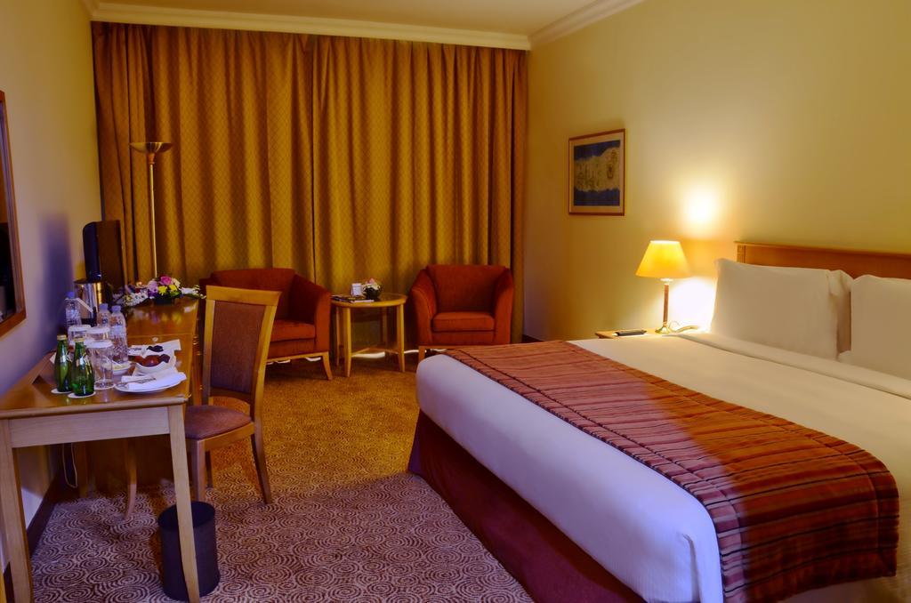 Туры в отель Swiss Belhotel Sharjah (Ex. Sharjah Rotana)