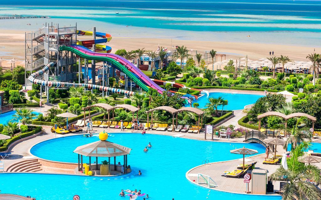 Hawaii Caesar Palace Hotel & Aquapark (Ex. Mirage Aquapark) фото туристов