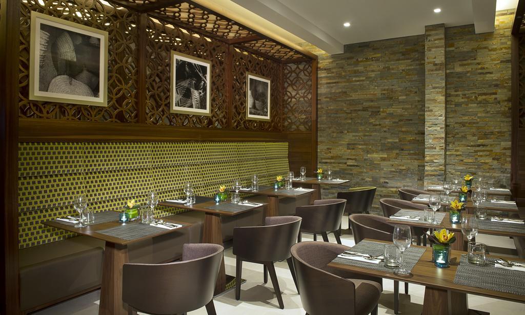 Горящие туры в отель Hilton Garden Inn Dubai Al Muraqabat