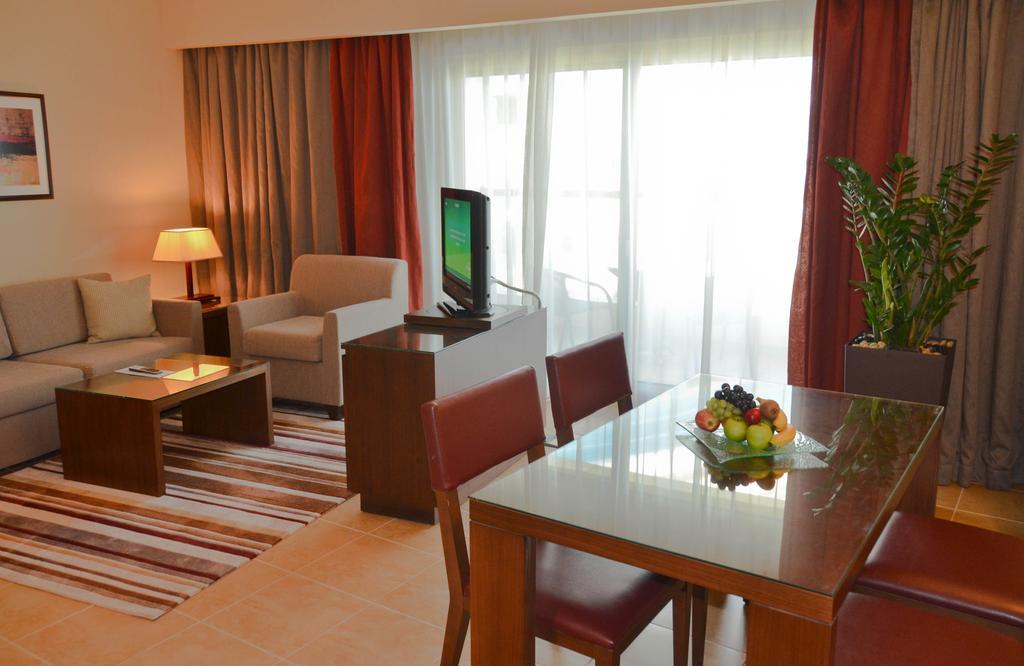 Готель, Абу Дабі, ОАЕ, Khalidiya Palace By Rotana