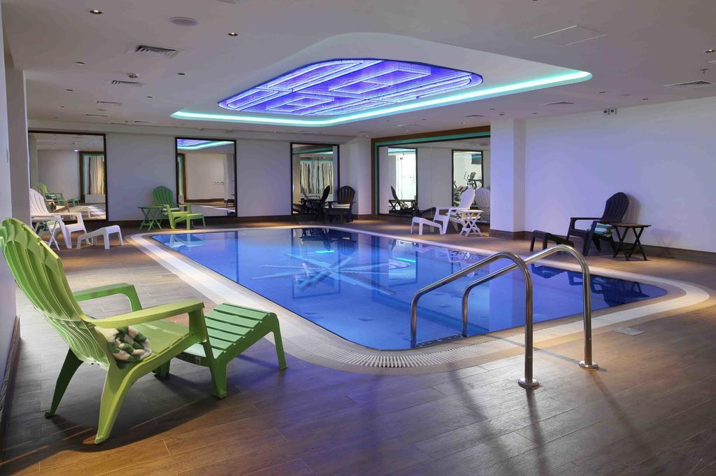 Отзывы об отеле Ibis Styles Hotel Jumeira Dubai