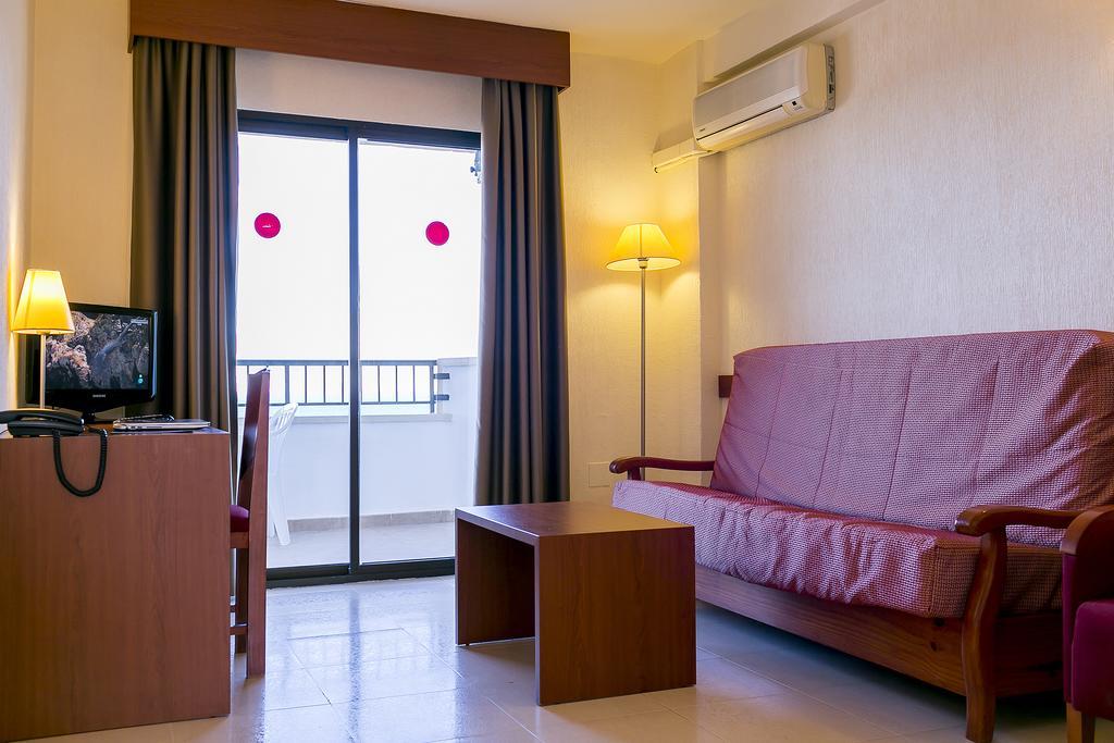 Горящие туры в отель Playas de Torrevieja