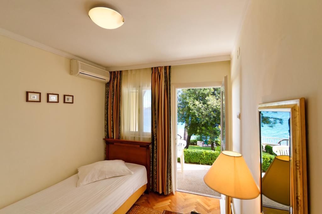 Тури в готель Jadran Трогір Хорватія