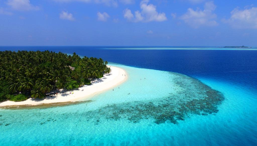 Fihalhohi Island Resort, 4