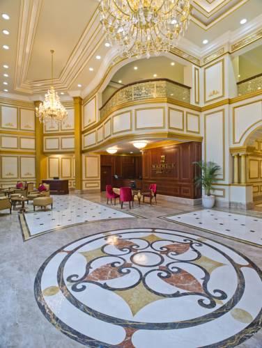 Доха (місто), Warwick Doha, 5