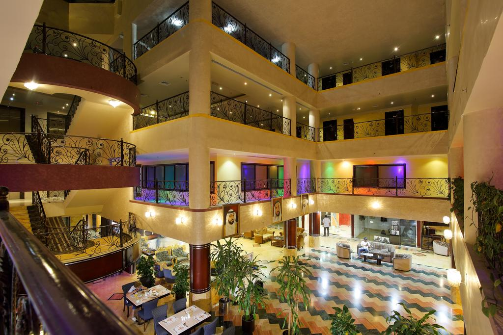 Отдых в отеле Al Bustan Hotel Sharjah Шарджа ОАЭ