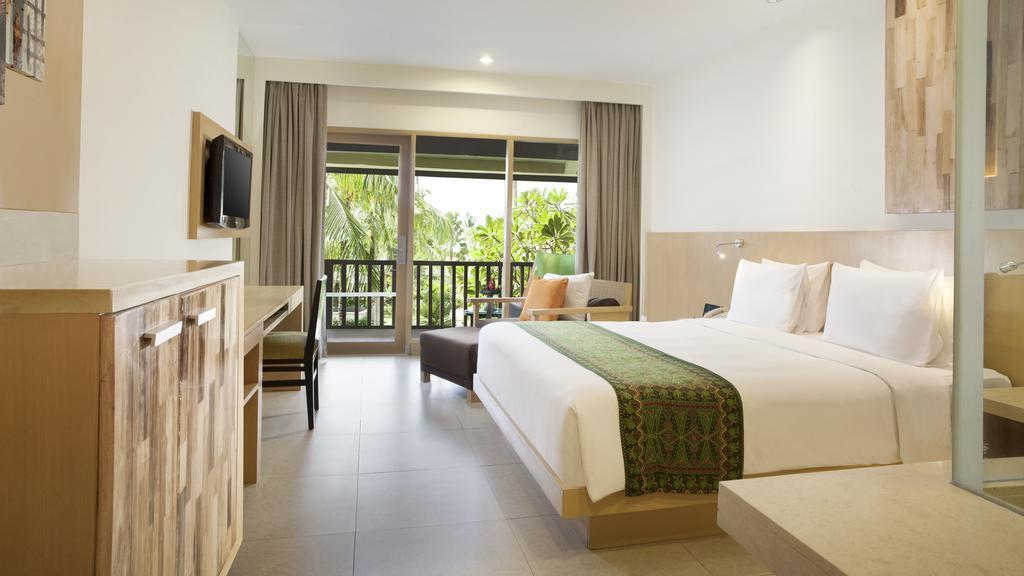 Отдых в отеле Holiday Inn Resort Baruna