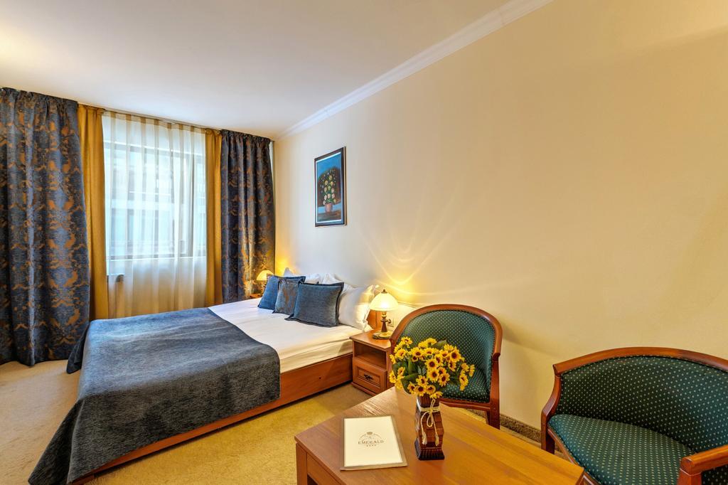 Отдых в отеле Spa Hotel Emerald