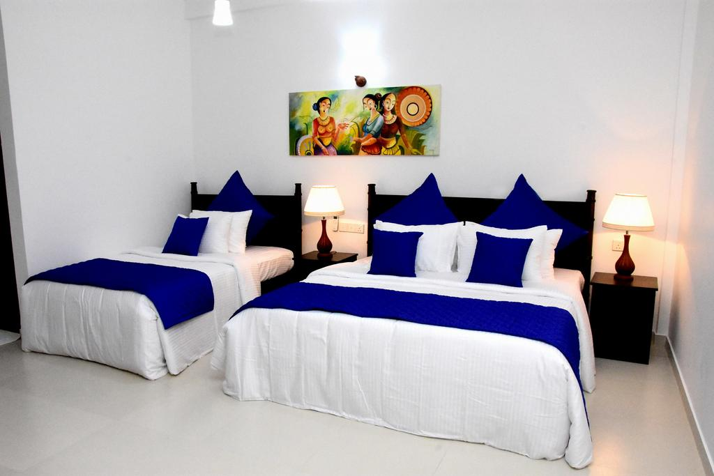 Blue Spring Hotel, Ваддува цены