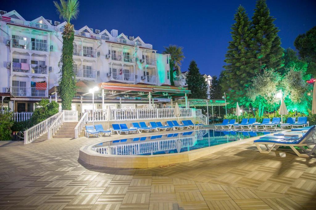 Ціни в готелі Halici Otel Marmaris