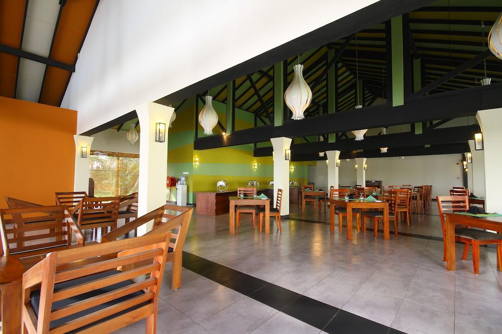Kamili Beach Hotel, Калутара