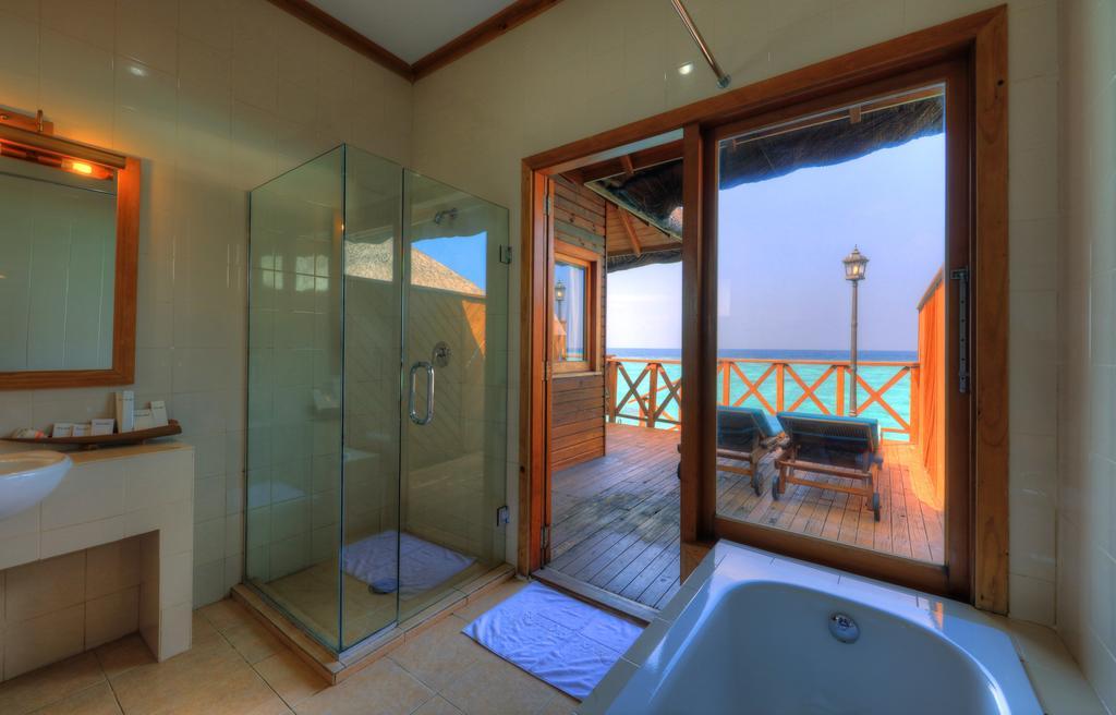 Отдых в отеле Fihalhohi Island Resort Южный Мале Атолл Мальдивы