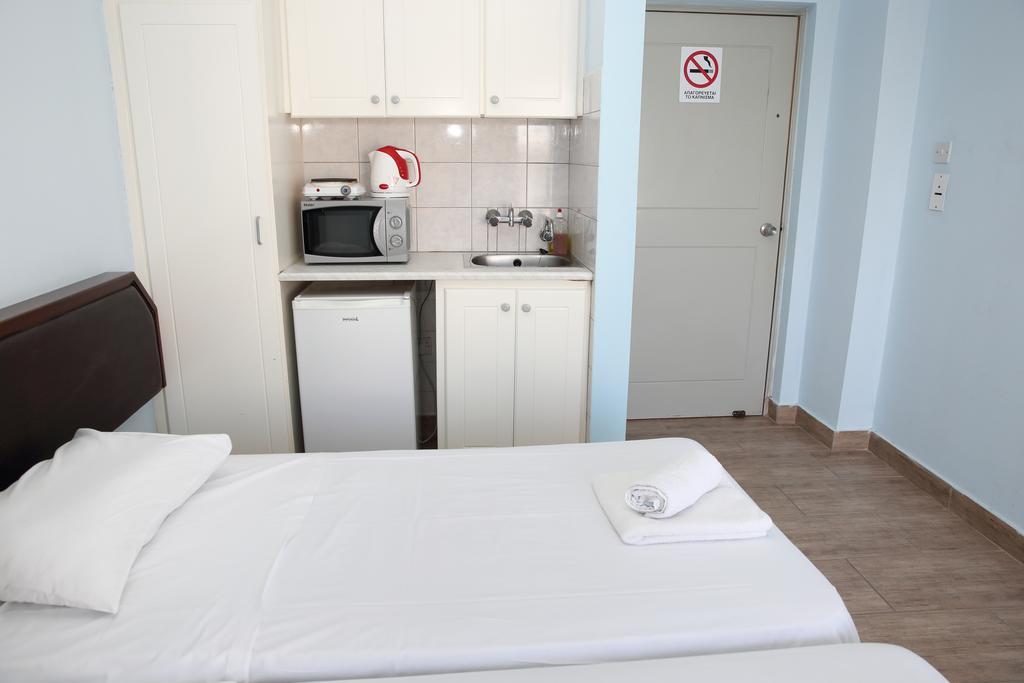 Цены в отеле Antonis G Hotel Apartments