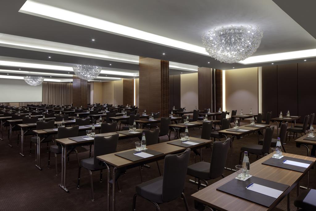Отдых в отеле Radisson Blu Hotel Dubai Waterfront Дубай (город) ОАЭ