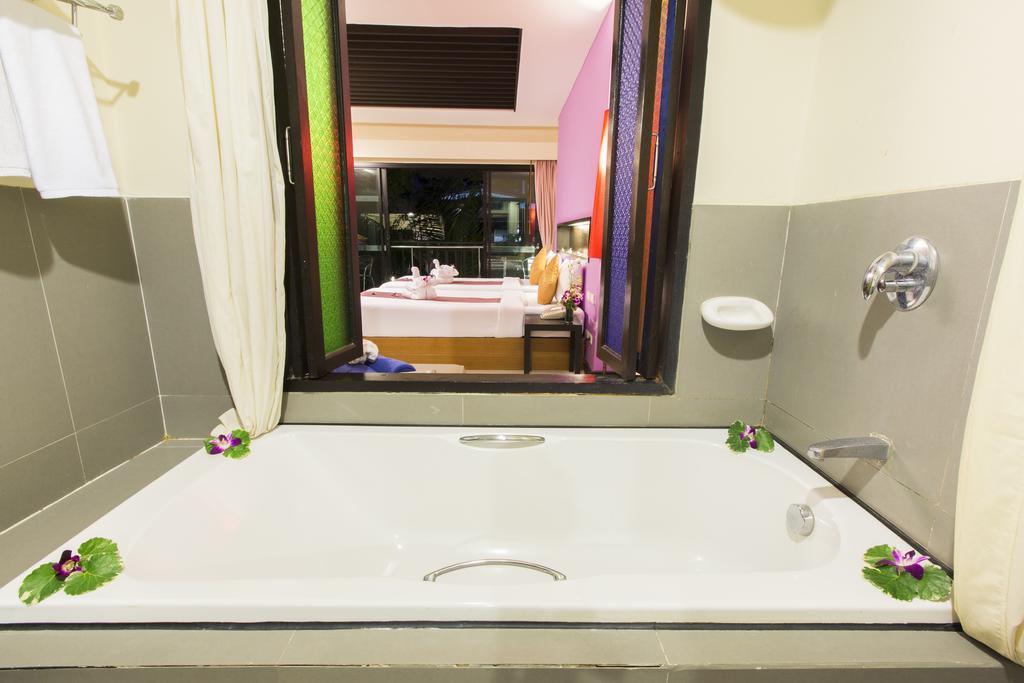Phuvaree Resort  ціни