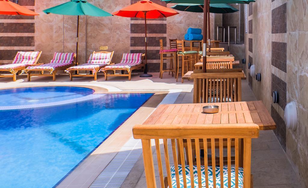 Шарджа Tulip Inn Al Khan Hotel цены