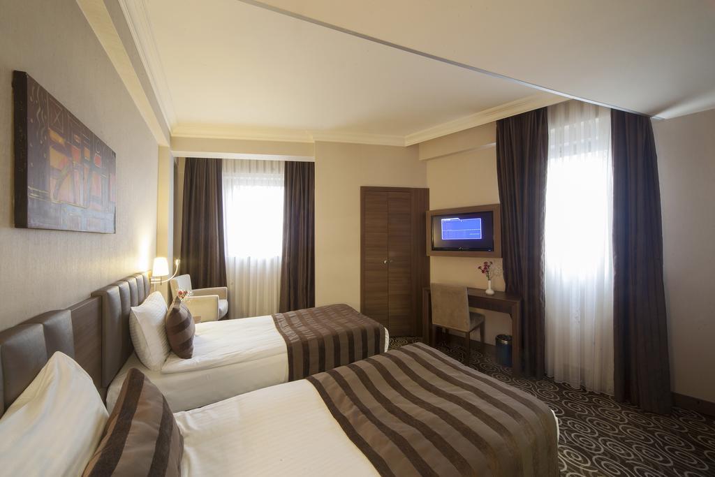 Отзывы об отеле Delta Hotel