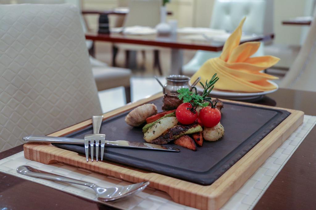 Горящие туры в отель Acacia Hotel Рас-эль-Хайма