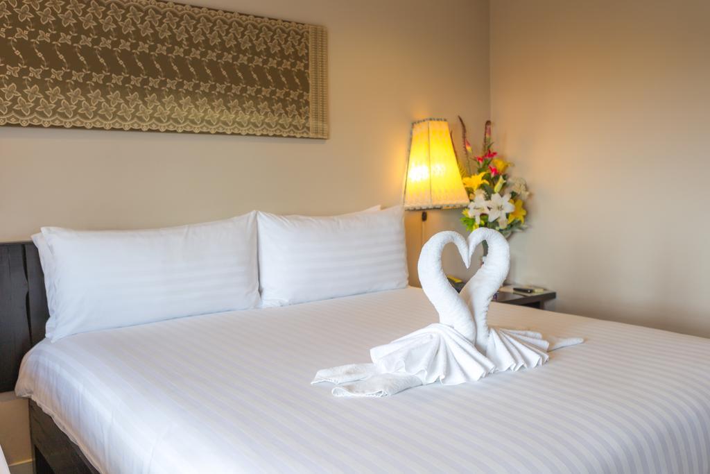 Отель, Golden Tulip Essential Pattaya Hotel