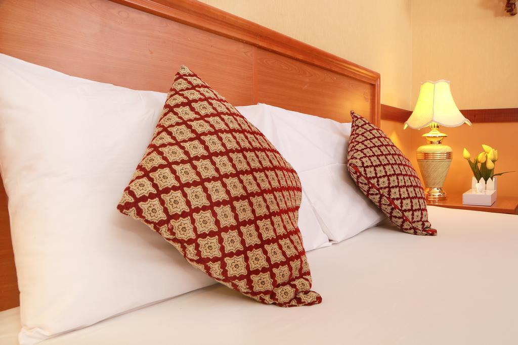 Sadaf Hotel цена