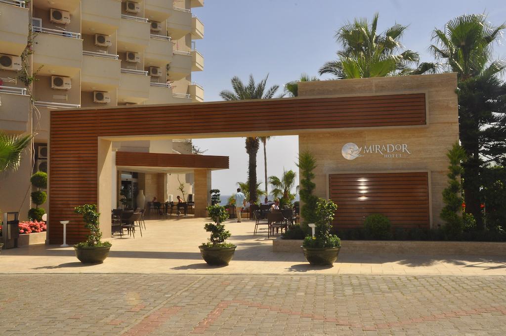 Фото готелю Mirador Resort & Spa