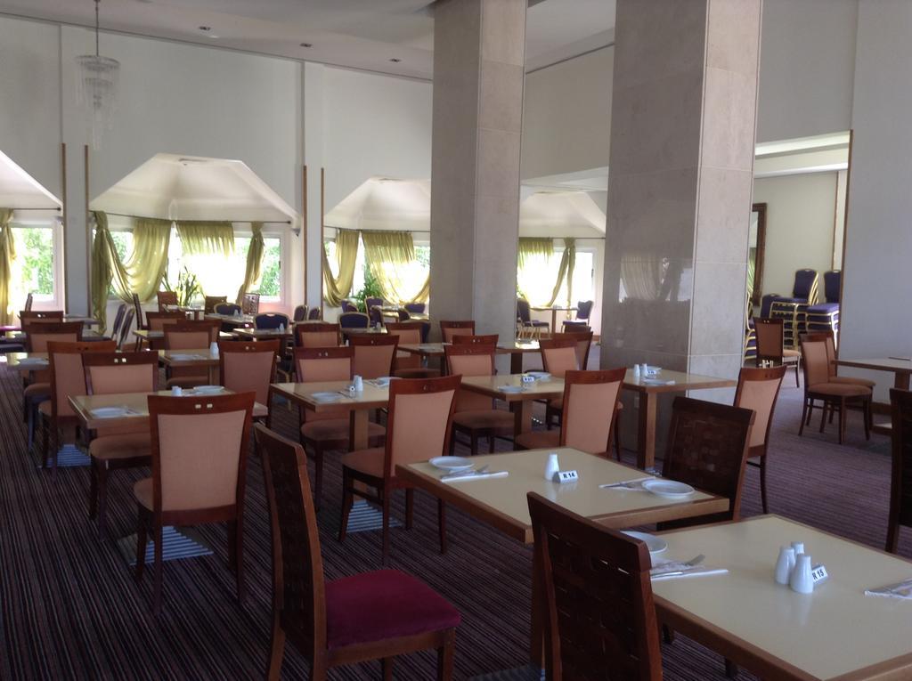 Фото отеля Crown Resort Horizon Hotel
