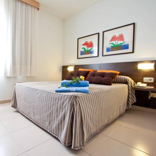 Aqua Hotel Montagut цена