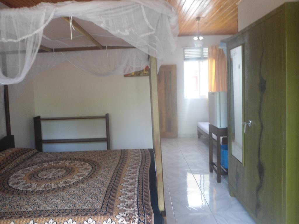 Sea Breeze Guest House, Унаватуна, Шри-Ланка, фотографии туров