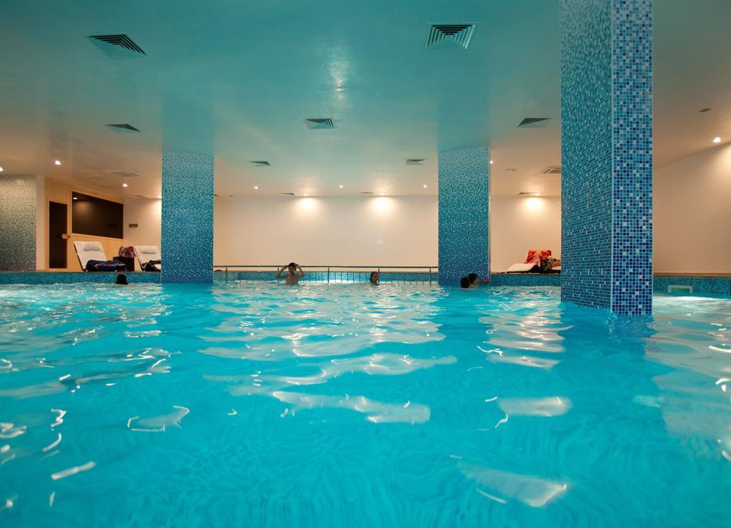 Ціни в готелі Atlantis Resort & Spa