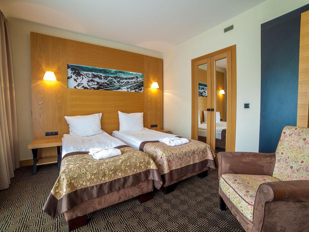 Готель, Grand Nosalowy Dwor Hotel