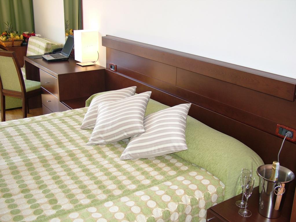 Отель, Черногория, Бечичи, Hotel Queen Of Montenegro