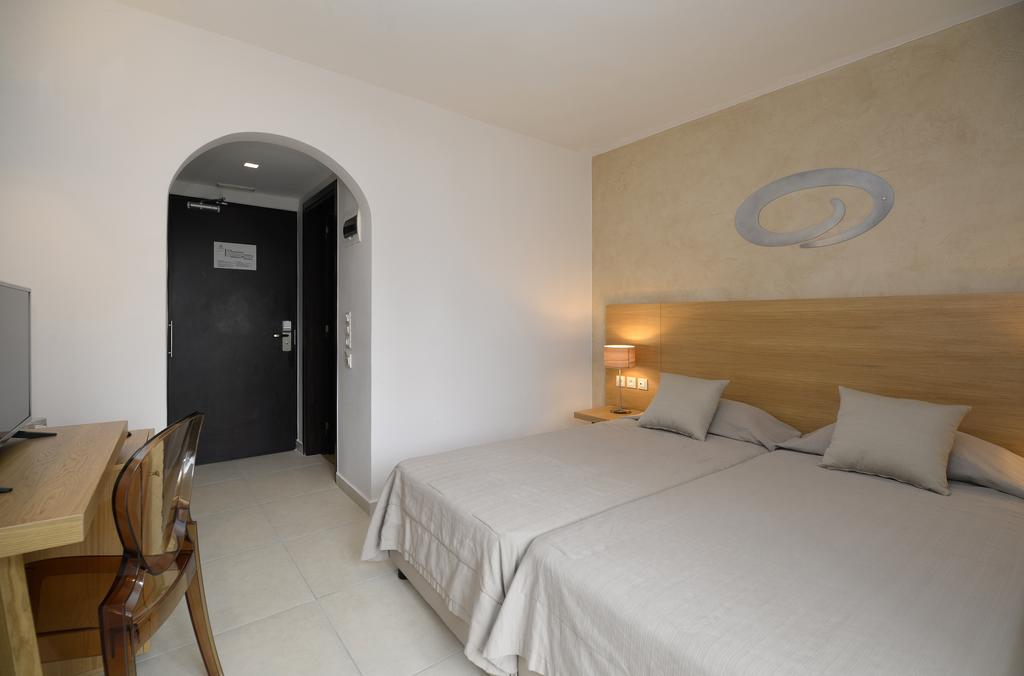 Тури в готель Golden Beach Іракліон Греція