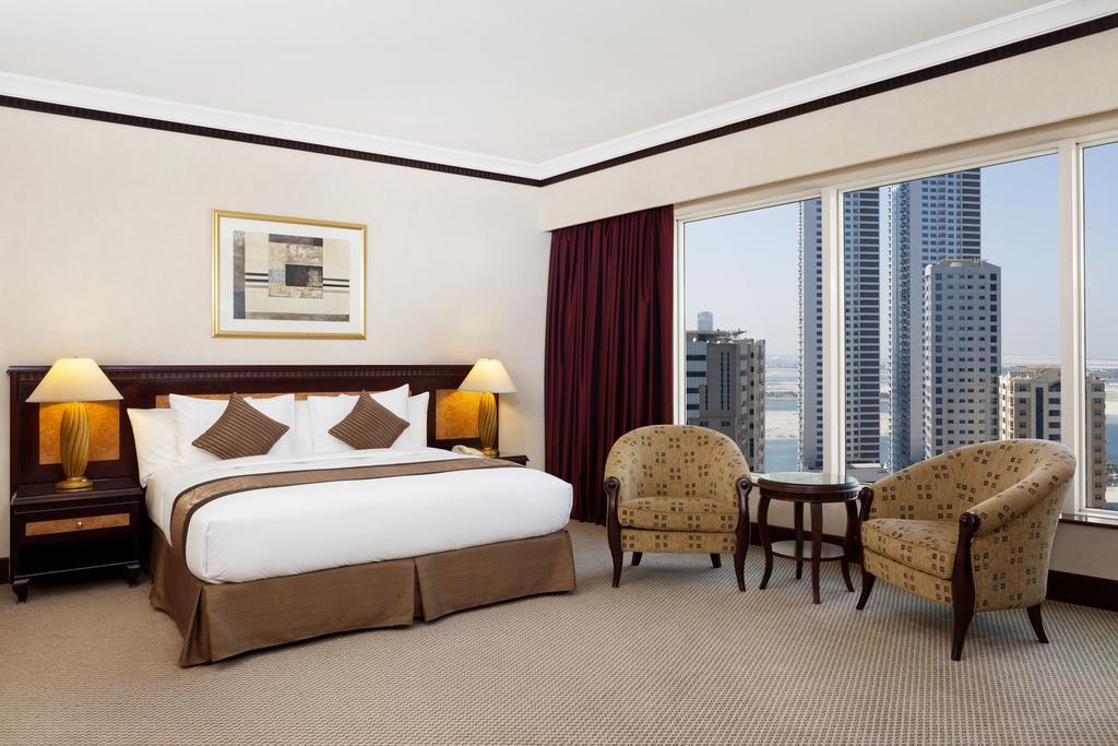Відпочинок в готелі Hilton Sharjah Hotel Шарджа ОАЕ