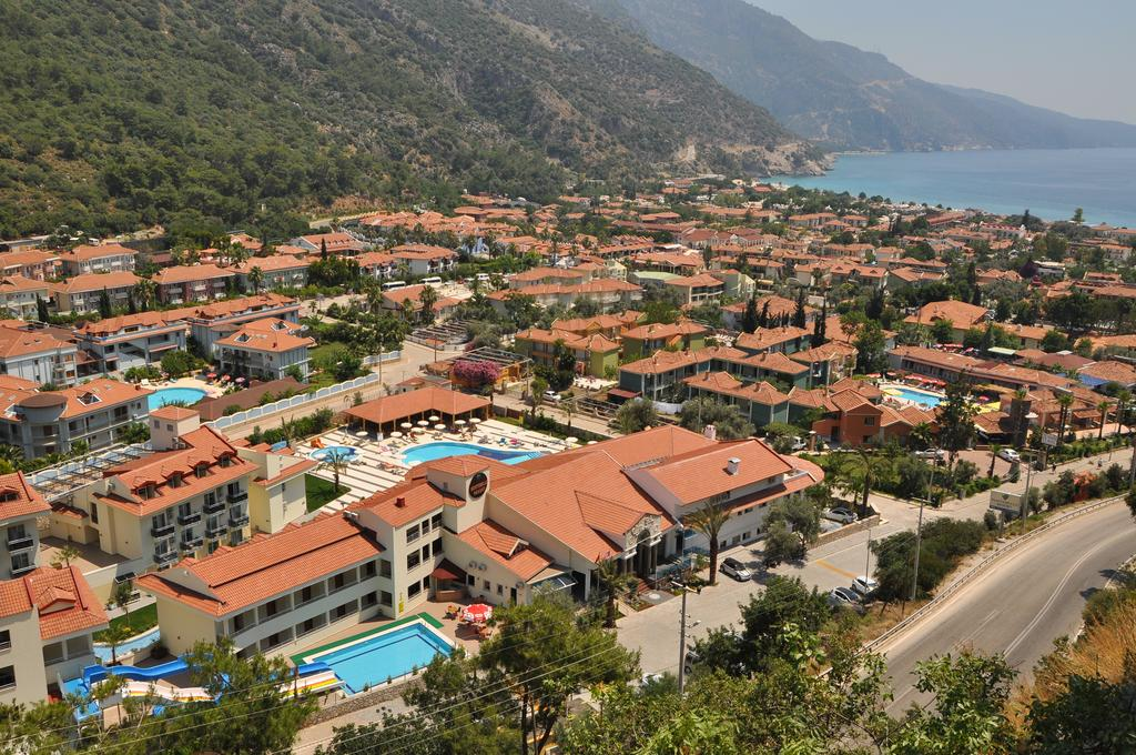 Відпочинок в готелі Montebello Resort Hotel