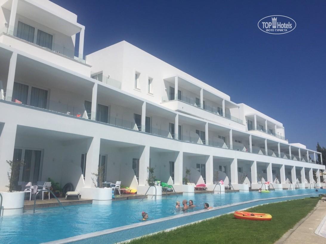 Фото отеля Aliathon Aegean (ex. Aliathon Holiday Village)