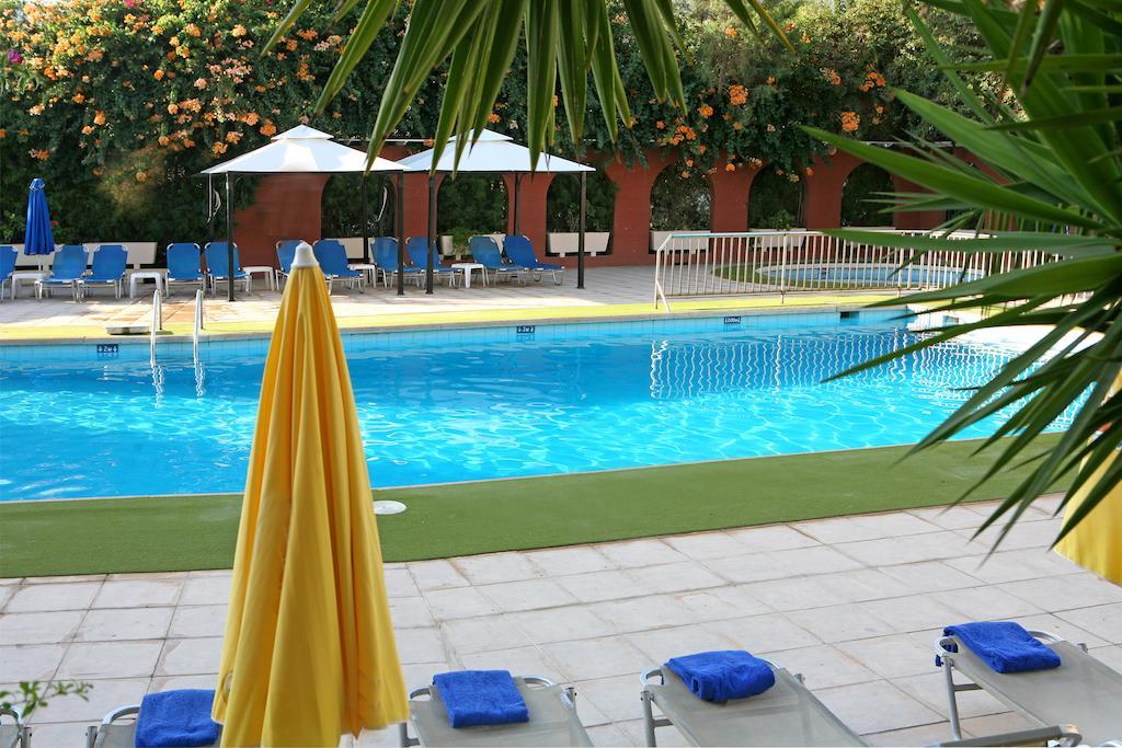 Navarria Hotel, Лимассол, Кипр, фотографии туров