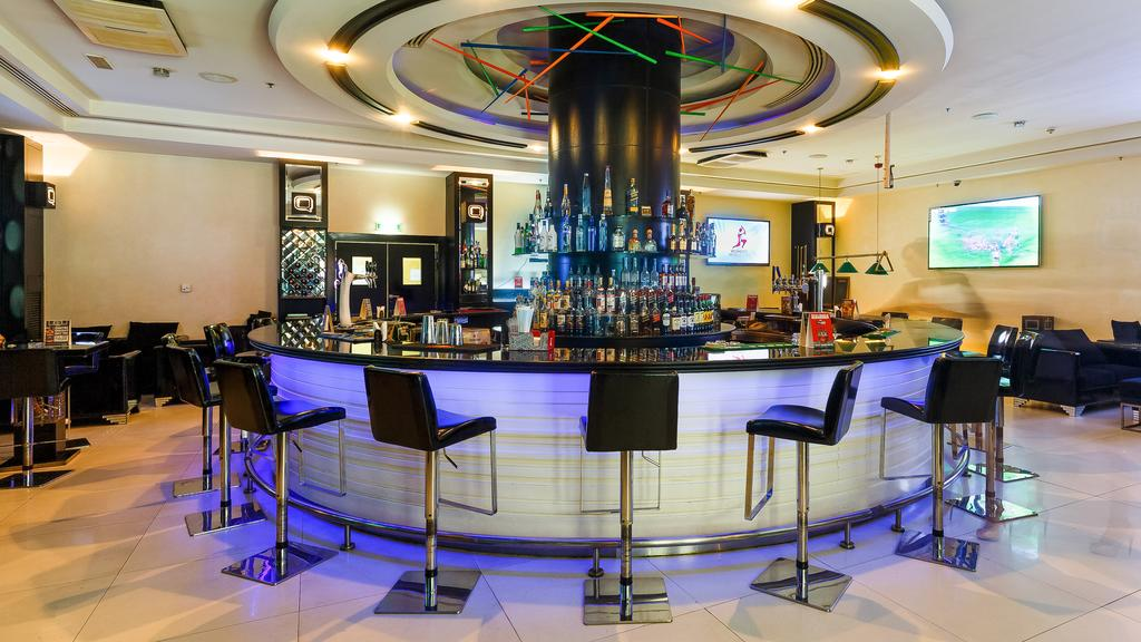 Отель, 4, Holiday Inn Al Barsha