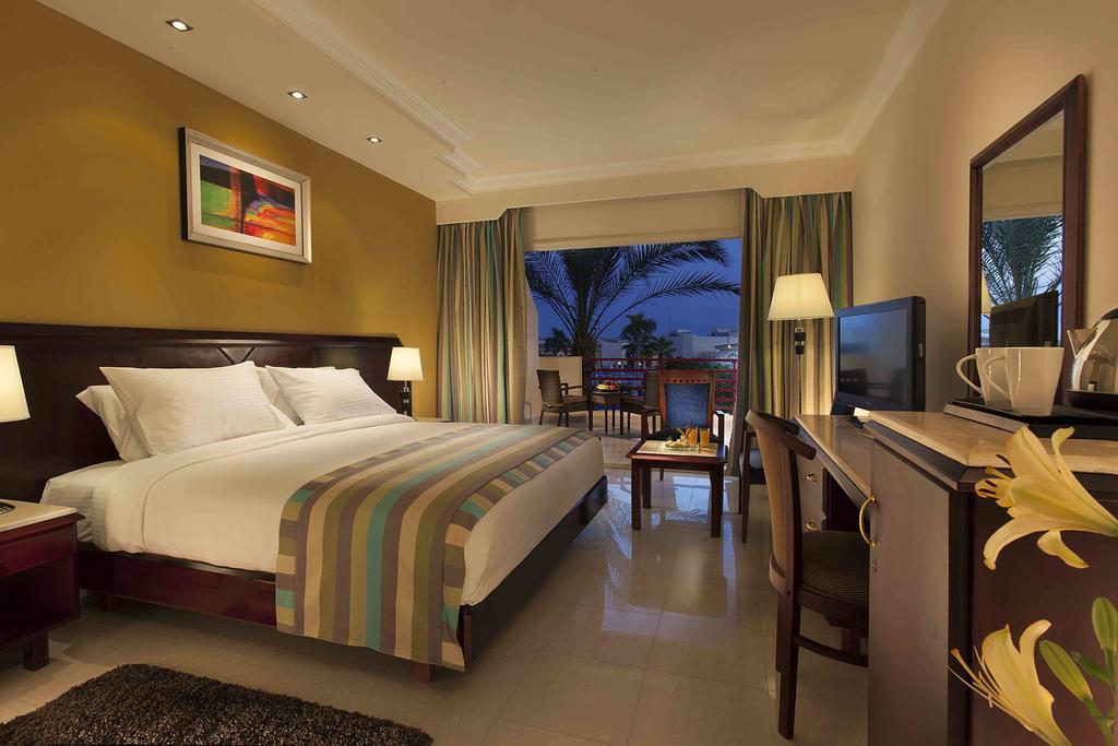 Ціни в готелі Xperience Kiroseiz Premier