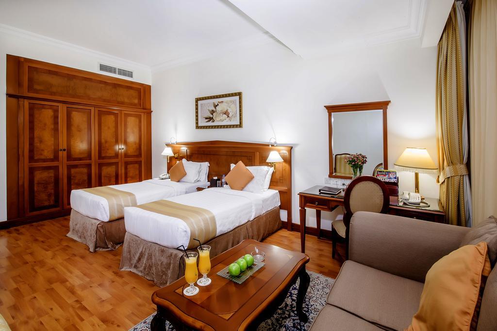 Grand Excelsior Hotel Bur Dubai, фото
