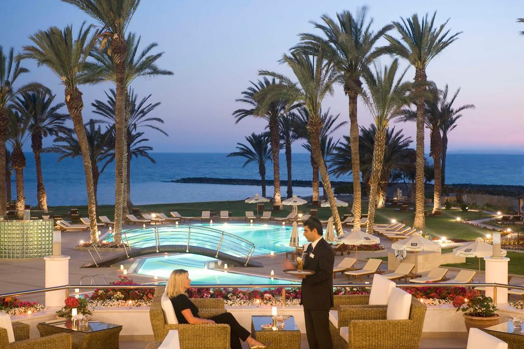 Пафос Constantinou Bros Asimina Suites Hotel (ex. Constantinou Bros Pioneer Beach Hotel) цены