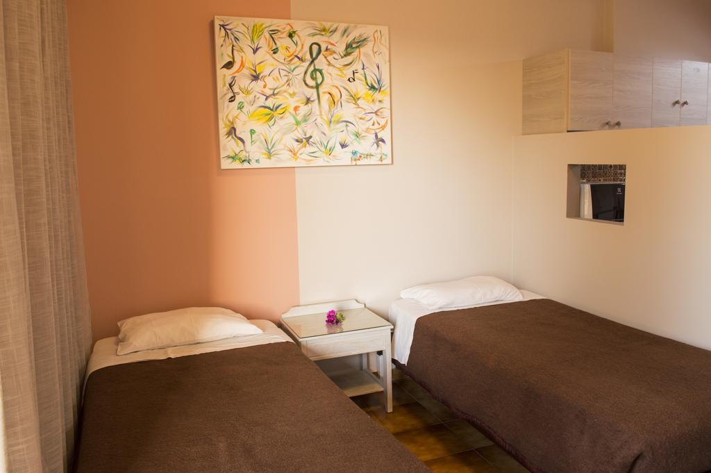Nireas Hotel, Ханья, Греция, фотографии туров