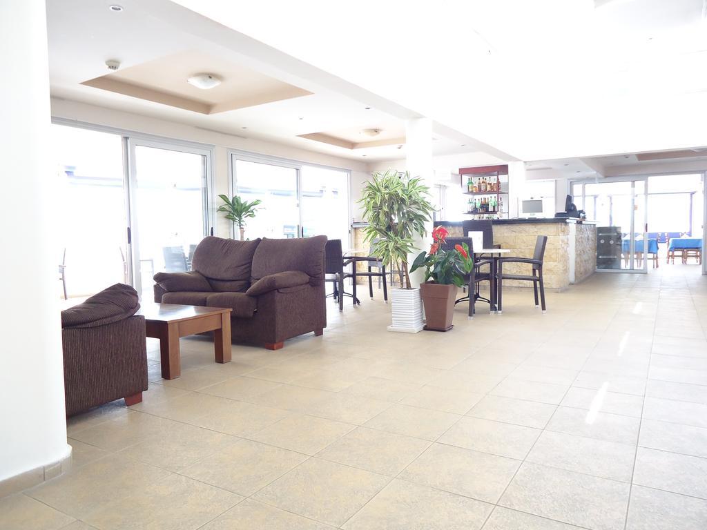 Пафос Daphne Hotel Apartments цены