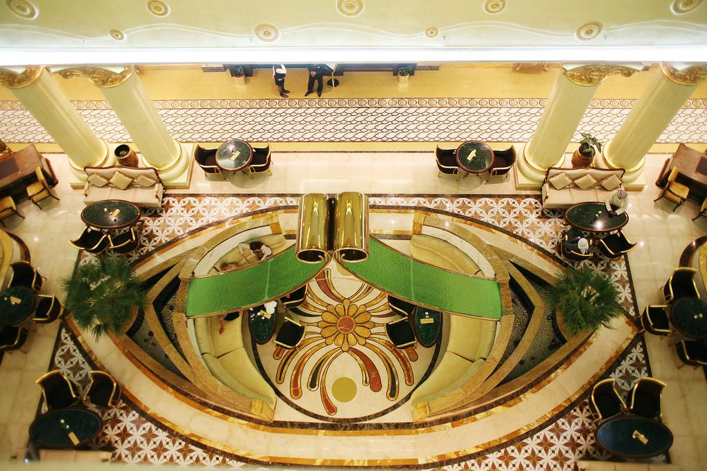 Відпочинок в готелі Grand Excelsior Hotel
