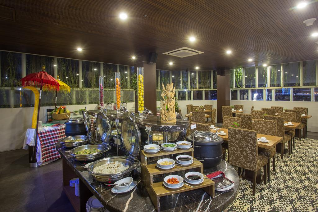 Отдых в отеле The Lerina Hotel Nusa Dua Нуса-Дуа