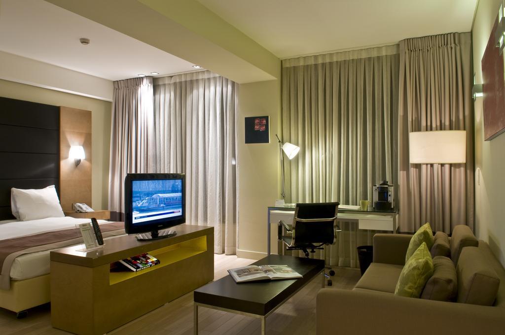 Туры в отель B-Aparthotel Grand Place