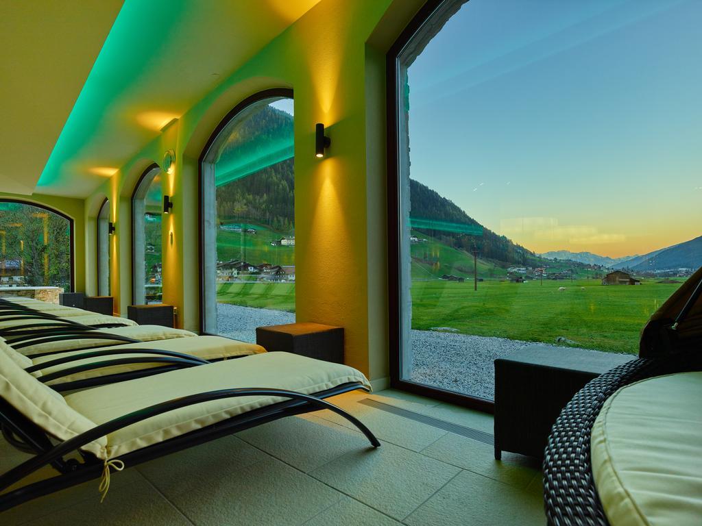 Відпочинок в готелі Alpeiner Nature Resort Tirol (Neustift)